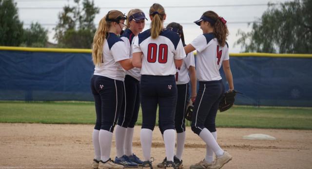 Varsity Softball beats West Hills