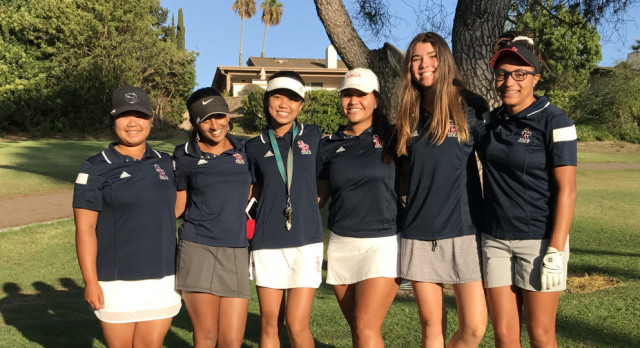 Varsity Girls Golf Beat Point Loma