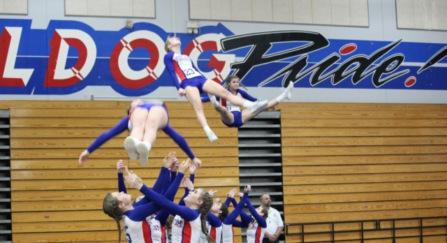 Folsom High School Stunt Cheer Qualifies for the NorCal Championships!