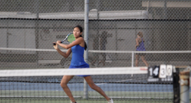 17-18 Folsom Girls Tennis defeats Woodcreek 9-0