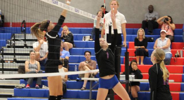Folsom High School Girls Varsity Volleyball beat Woodcreek – Game 3-1