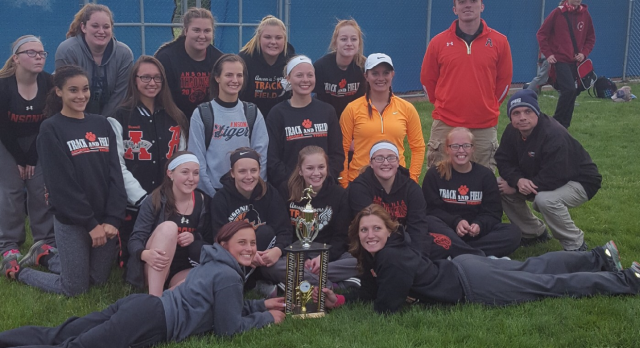 Lady Tigers Win the Clayton Murphy Invitational at Tri-Village