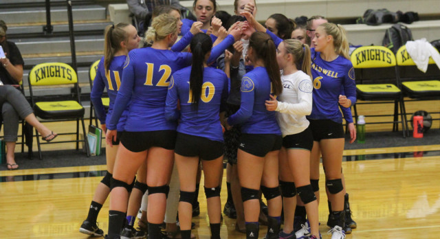 Cougar Volleyball Begins District Tournament