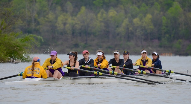 SJA Crew Rows Well at Dillon Lake Sprints