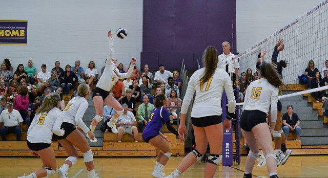 Jaguars Volleyball Ranked 10th in Week 2 State Poll