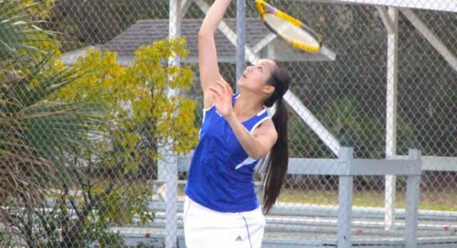 Vo Wins Girls Tennis District Title