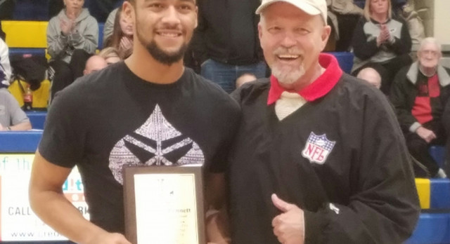 Antonio Bennett recognized for All Ohio Honors