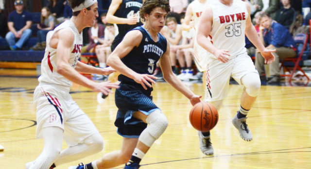 Northmen pull out thrilling win over host Ramblers, 49-43