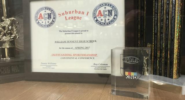 William Tennent Receives 2016-2017 Sportsmanship Award