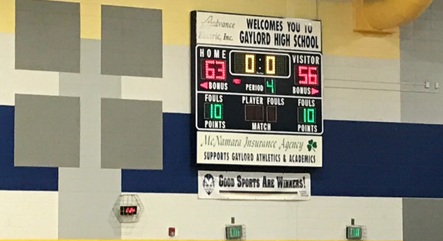 Titan Boys Hoops Head to Regional Final