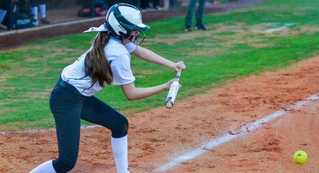River Bluff High School Varsity Softball beat Midland Valley High School 6-5