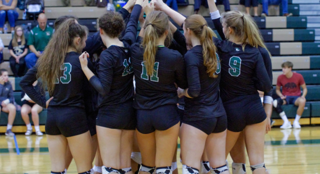 Varsity, JV Volleyball Beat Irmo in straight Sets in Final Regular Season Matches