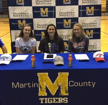 Girls Varsity Soccer Celebrates Three Signings