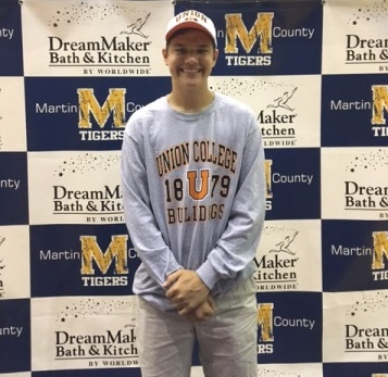 Boys Lacrosse-Conner McAuliffe Signs With Union