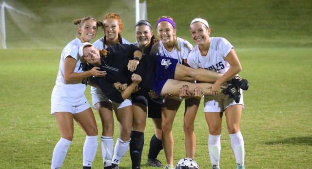 Girls Soccer improves to 7-0