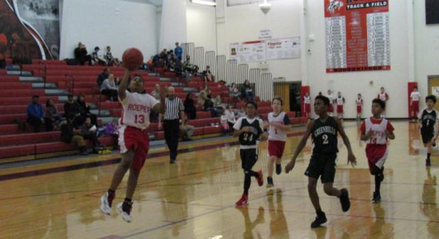 Roeper Boys Middle School/Elementary Basketball C beat Greenhills MS 26-15