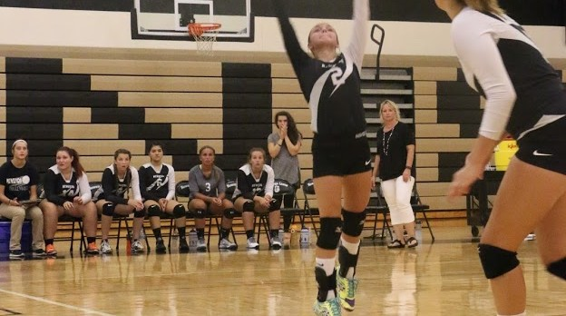 Volleyball Advances to District Finals vs Grant