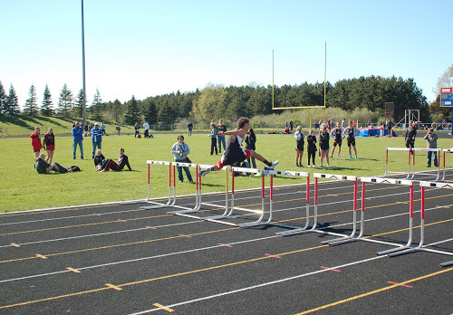 Track & Field Athletes Qualify for State