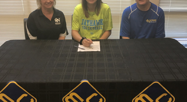 Kaitlyn Gribowski Signs with MCC