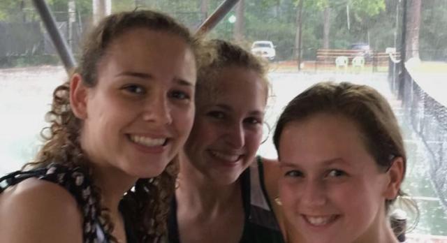 Laurens District 55 High School Girls Varsity Tennis beat Wade Hampton High School 5-2