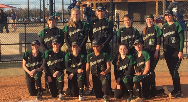 Laurens District 55 High School Varsity Softball beat Dorman 8-5