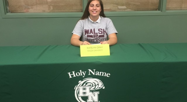 Katelyn Gray Signs with Walsh University for Softball