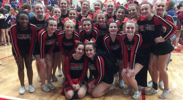 Cheerleaders Competing at State Competition