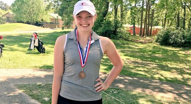 Gwen Lefler Qualifies for Regional Golf Tournament