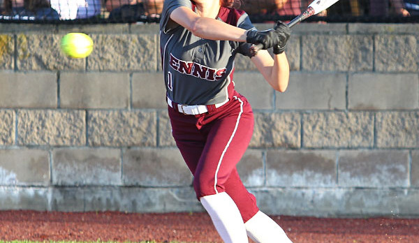 Lady Lions Rally Falls Short against Jacksonville 3-2