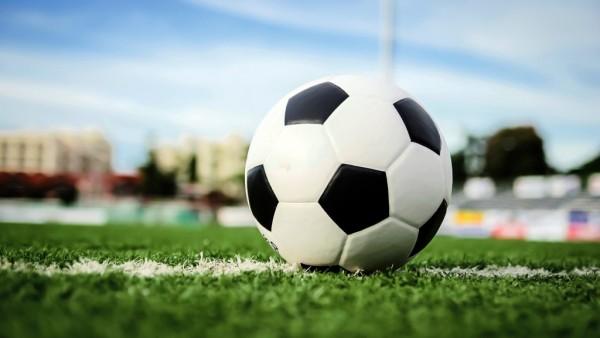 Boys Varsity Soccer Gets First Win of the Season!