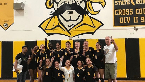 2017 Girls Volleyball Photo-Bucs Bash Win