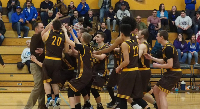 Pellston High School Boys Varsity Basketball beat Mackinaw City High School 76-54