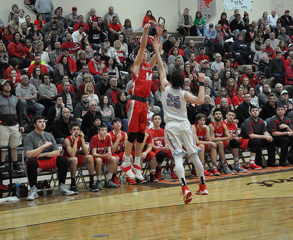Bryce Offenberger breaks School Career 3 point record