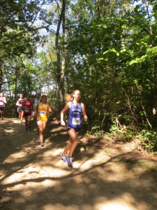 Julianna Campbell racing at UW Parkside at mile 1.