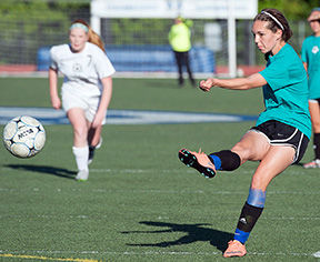Hillsboro deals Perryville first league loss in girls soccer