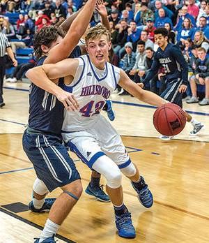Hillsboro basketball teams are combined 24-2