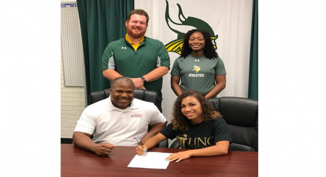 Kayla Smith Signs with UNC Pembroke