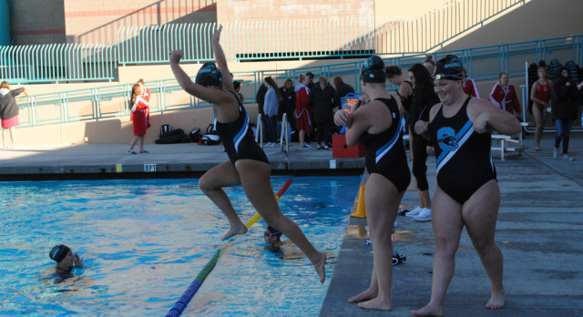 Santiago holds off Warren to advance to Division 3 girls water polo semifinals