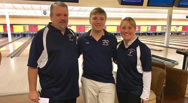 Noah Seelye advances to PIAA Bowling Championships