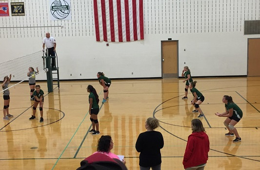 Richmond Girls 7th Grade Volleyball Dennis Intermediate  falls to Lincoln MS – Cambridge City 2-1