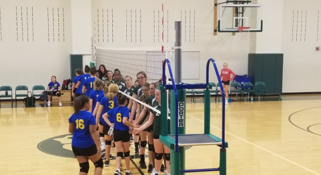 Richmond Girls 8th Grade Volleyball Dennis Intermediate beat Union Jr-Sr High School – Modoc 2-0
