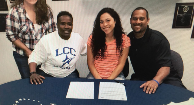 Jaylynn Williams Signs with LCC