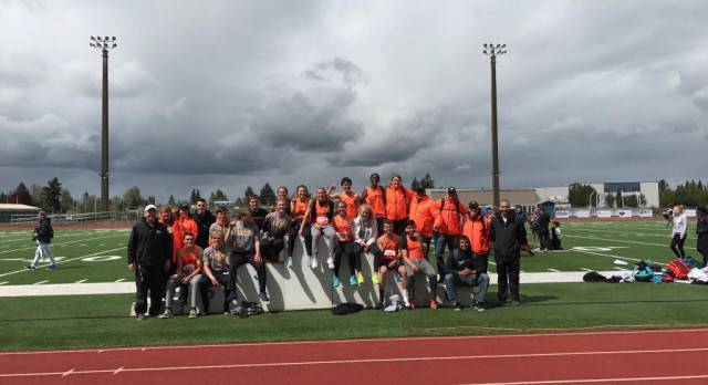 Girls/Boys Track Teams Win District Title