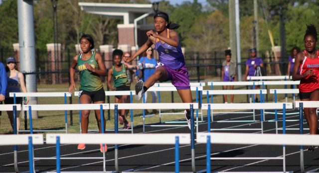 Photos Available from Lexington Invitational