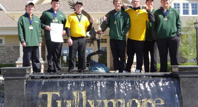 Comstock Park High School Golf Varsity Boys finishes 1st place at Tullymore Invitational