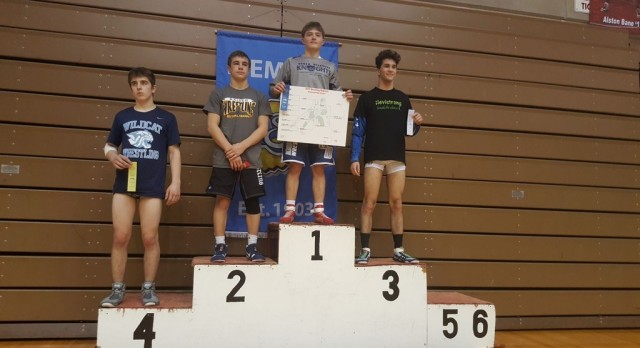 Cainan Schaefer wins his 4th Regional Title! Five wrestlers continue onto Semi-State!