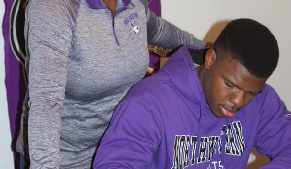 Gooden Signs with Northwestern