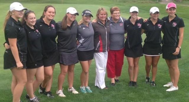 Girls Golf Defeats East Jackson on Senior Night