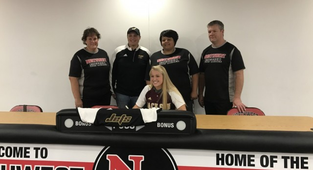 Nicole Keeder Signs With Jackson College