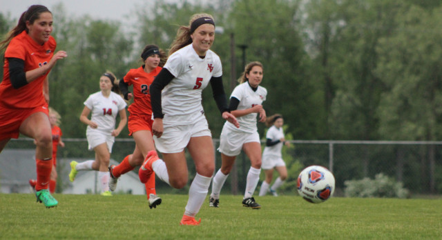 Vars. Girls' Soccer loses to Hastings in I-8 Tournament